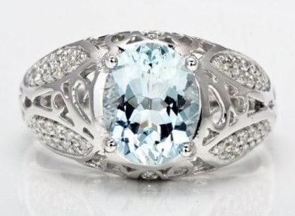 Aquamarine gemstone